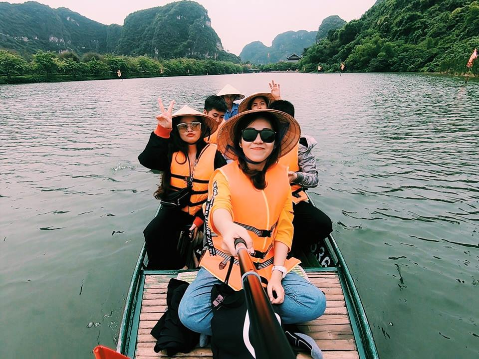 let's-start-trang-an-boat-tour