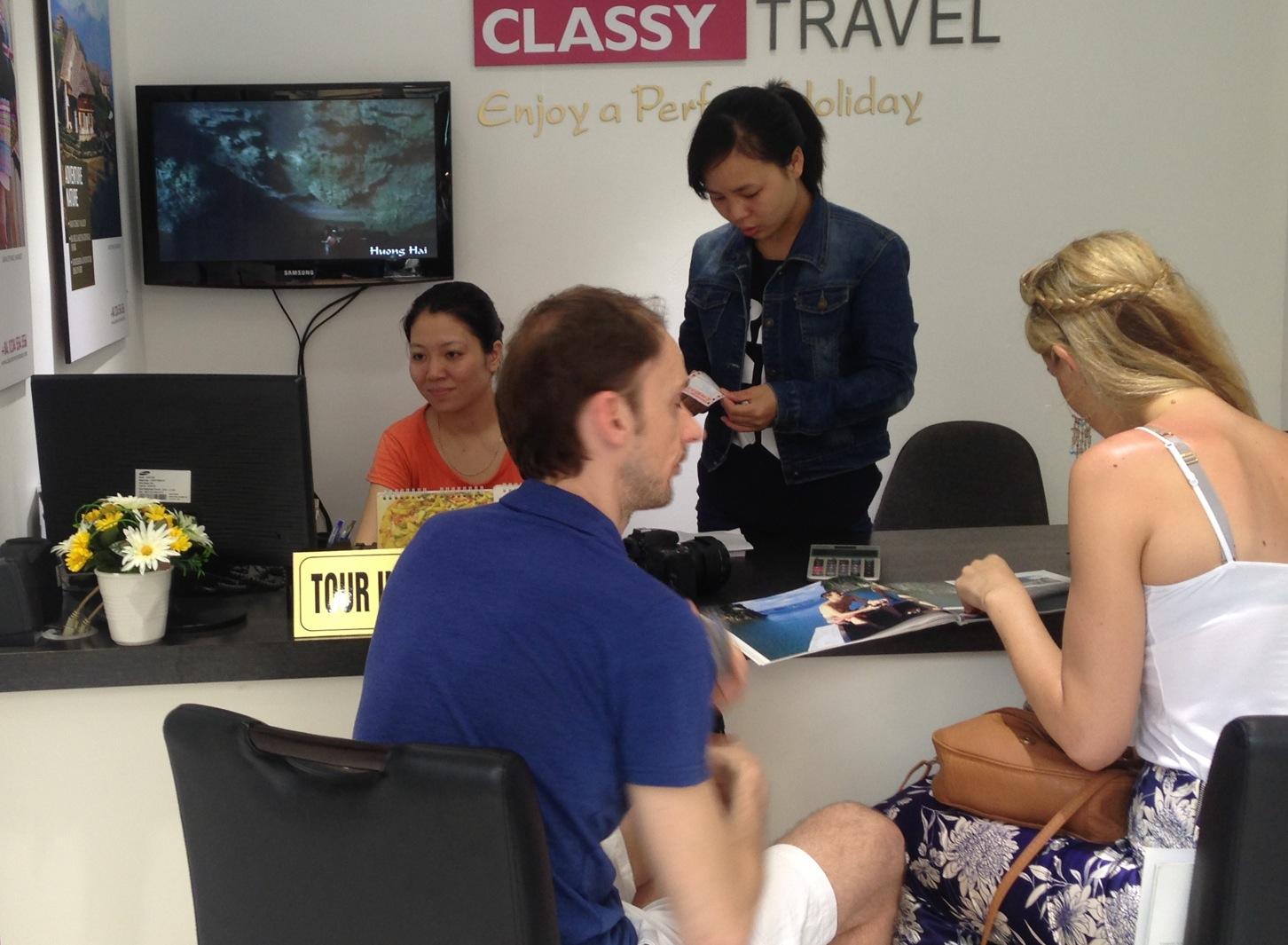 Classy-Travel-Hanoi