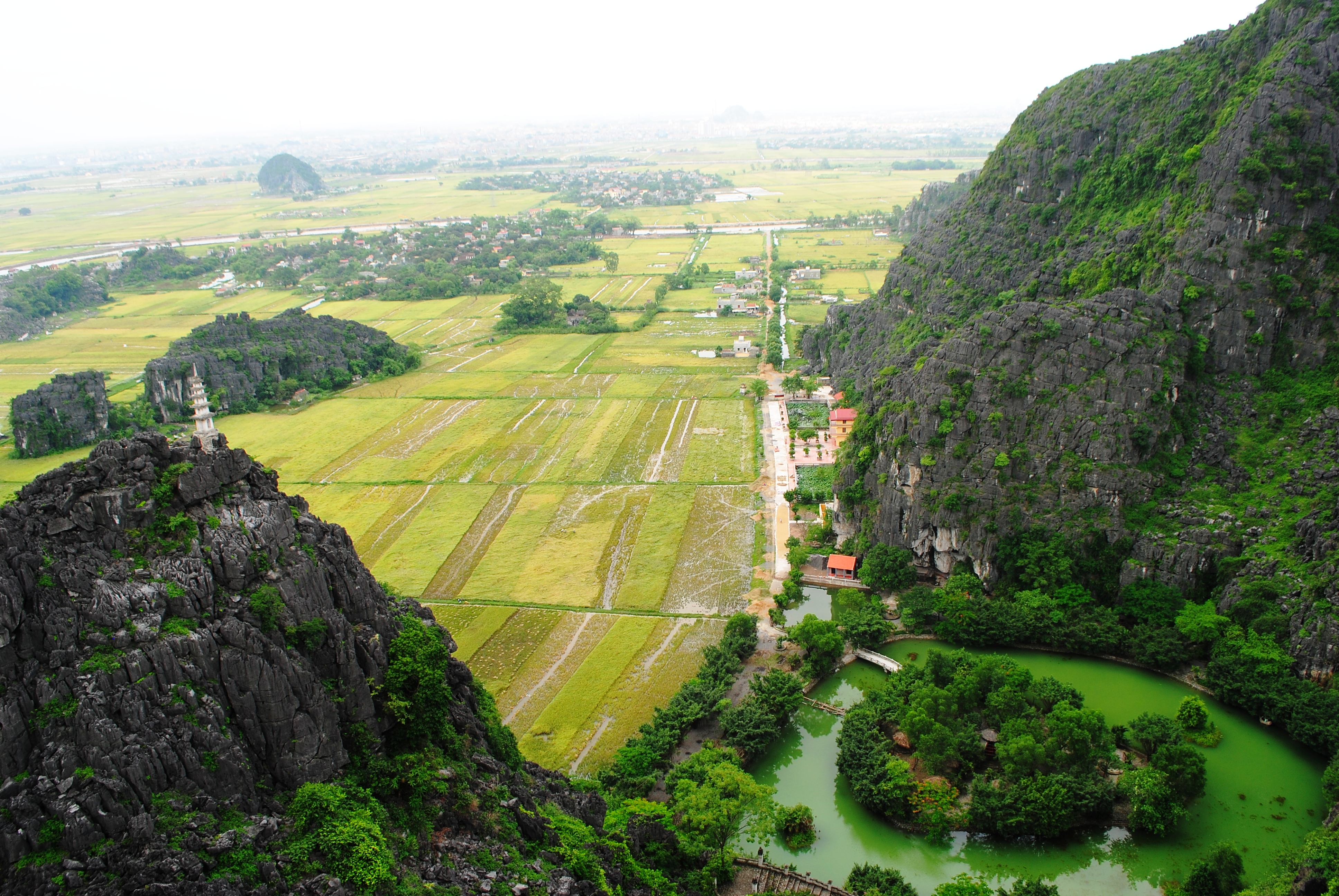 View-to-Rice-Field-from-Peak-of-Mua-Cave