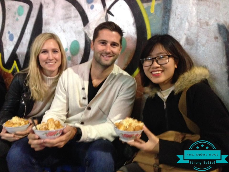 Hanoi-street-food-ours-with-expert-local-guide