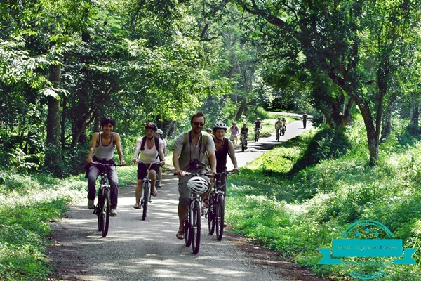 cycling-at-cuc-phuong-national-park