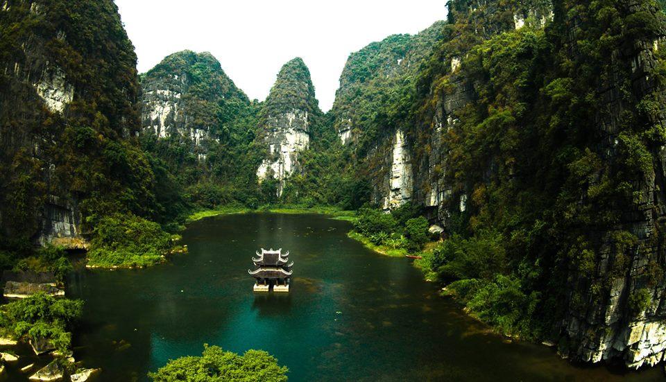 trang-an-grottoes-ninh-binh
