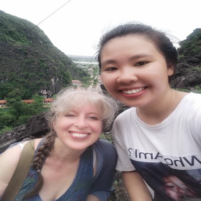 trang-an-mua-cave-tour-with-lisa