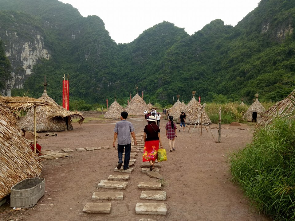 A-local-village-in-Trang-An