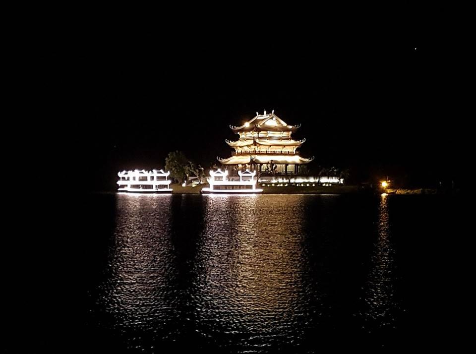 Nightlife-in-Ninh-Binh