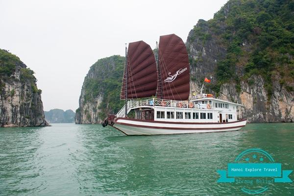 Bai-tu-long-bay-cruise