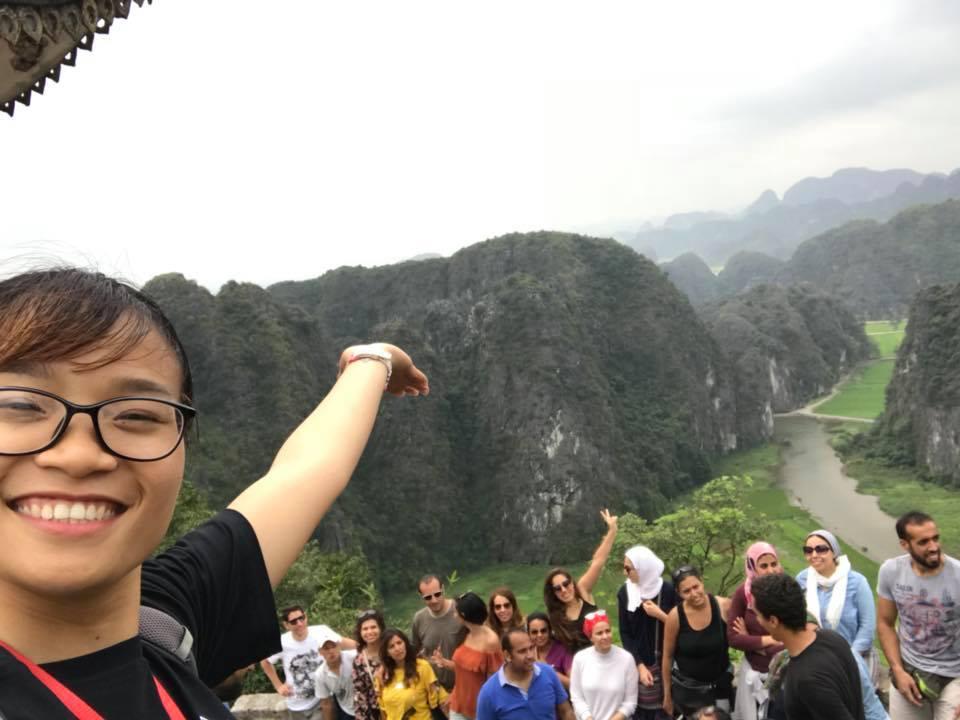 Sightseeing-on-Peak-of-Mua-Cave-Mountain