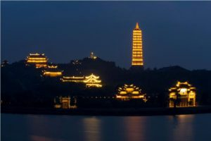 bai-dinh-pagoda-at-night