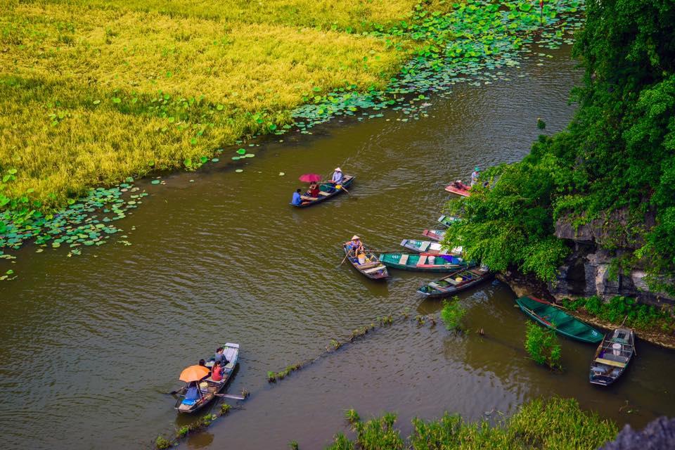 boat-trip-at-tam-coc