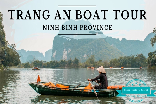 a-man-rowing-boat-trang-an