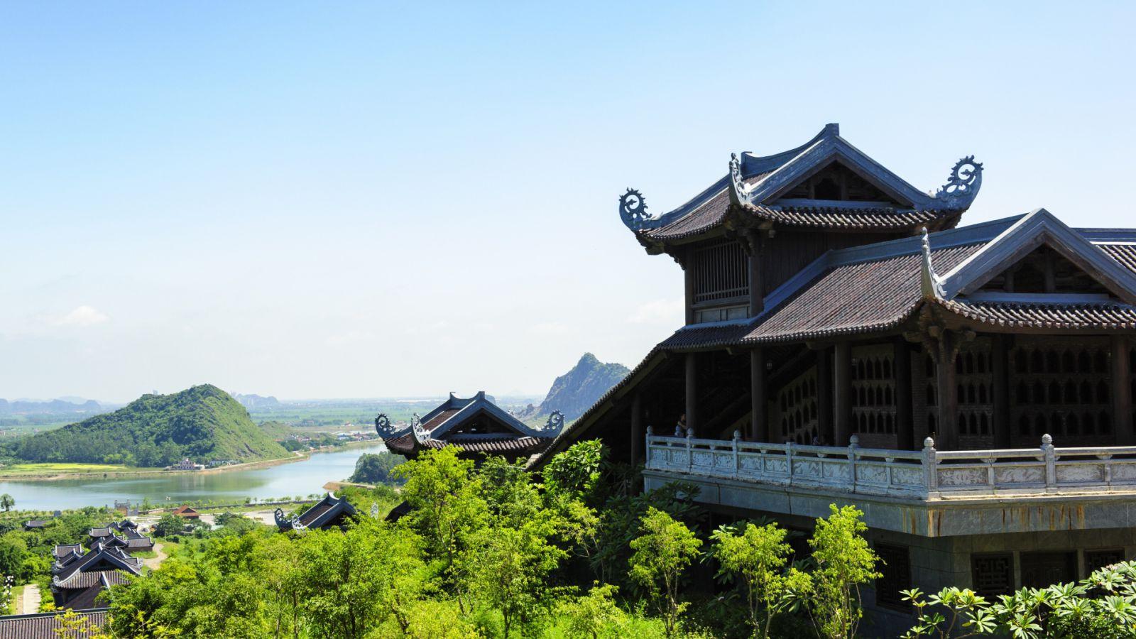 bai-dinh-pagoda-tour