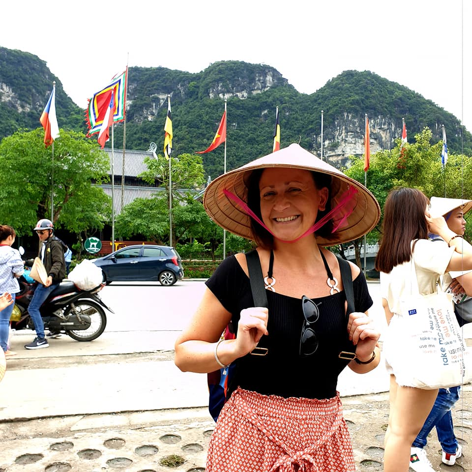 A-guest-ready-to-do-biking-with-hanoi-Explore-Travel