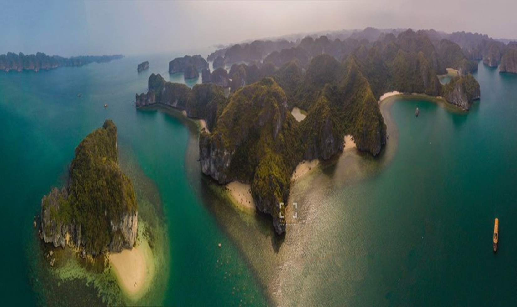Day-trips-from-ha-noi-to-ha-long-bay