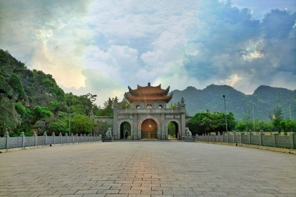 Hoa-Lu-Ancient-Capital-Tour