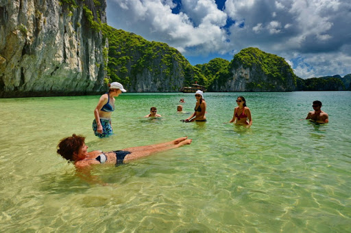 swimming-at-titop-beach-halong-bay-day-tour-6hours-cruise