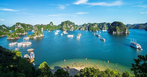 view-from-peak-of-titop-island-superior-halong-bay-day-tour-6-hours-cruise