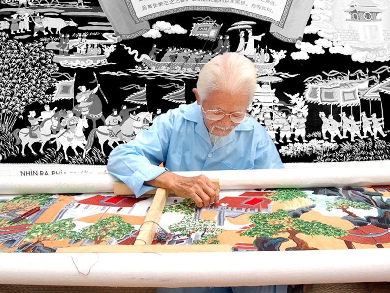 Van-Lam-Embroidery-Village-Ninh-Binh
