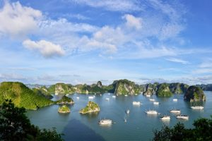 Best-Halong-Bay-Day-Trip