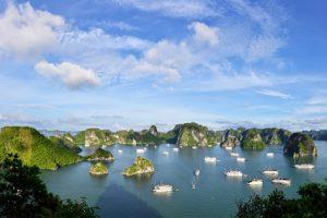 Best-Halong-Bay-Day-Trip